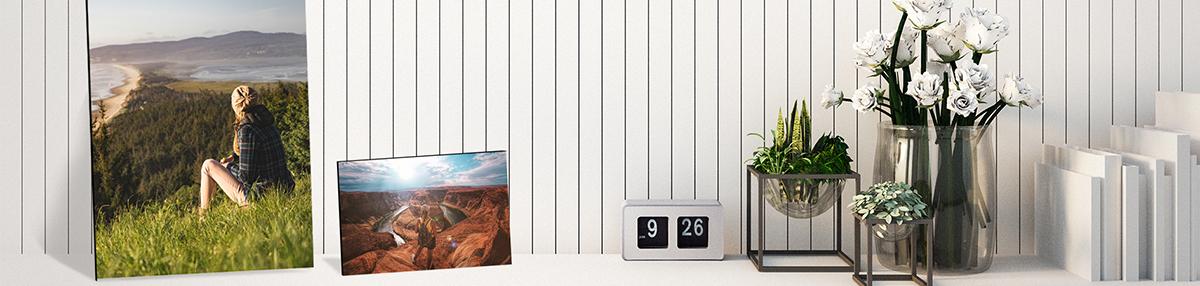 customized desktop plaques