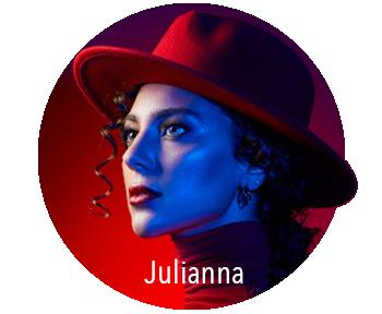 Model Julianna
