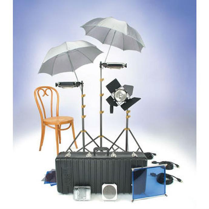 Studio Lighting Rental: Rental Lowel Lighting Kit With 3 Tota Lights 1 Omni Light